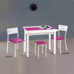 Conjunto mesa extensible alas más sillas y taburetes